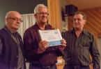 André Lachance et une plaque pour le travail bénévole de M André Lavoie