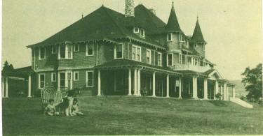 La Maison Joyeuse, École Ménagère régionale, St-Irénée, Coll Hoopes, Musée Chx