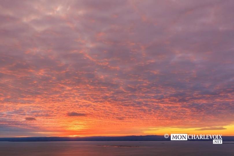 Quel coucher de soleil photo alain blanchette mon charlevoix - Le soleil se couche a quel heure ...