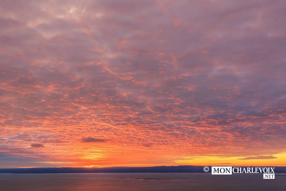 Quel coucher de soleil photo alain blanchette mon charlevoix - A quel heure se couche le soleil ...