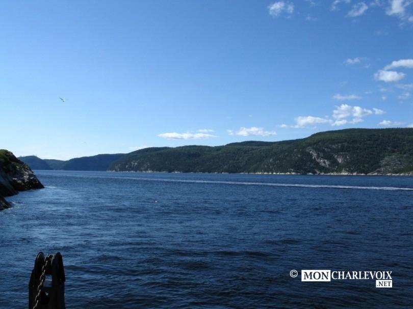2560px-FJord_du_Saguenay