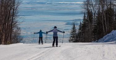 # 6_Cette illusion de skier jusque dans le fleuve est unique à notre Massif !